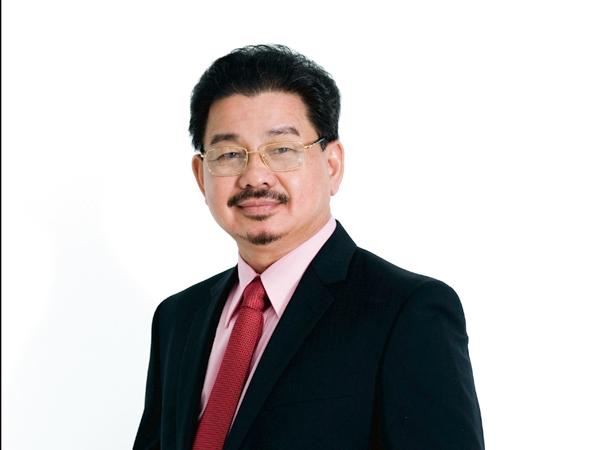 Bác sĩ Lê Hành.