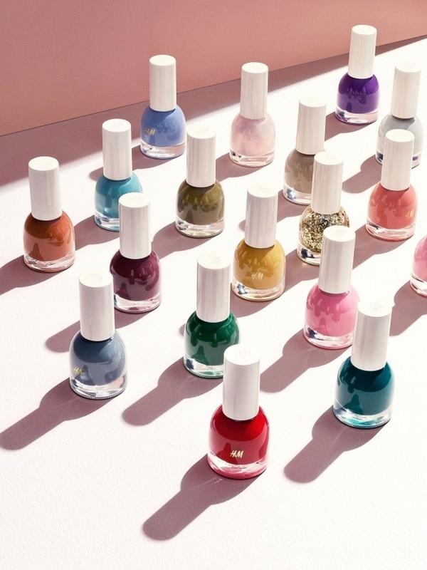Dòng mỹ phẩm sơn móng tay của H&M